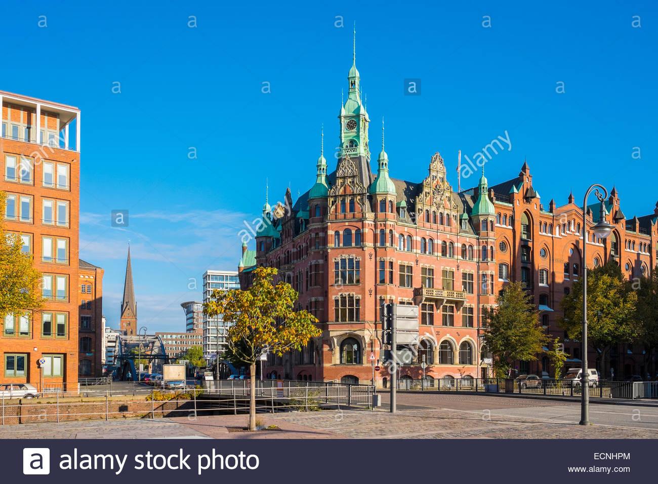 Historic buildings in Speicherstadt warehouse district from St. Annenplatz, Hamburg, Germany - Stock Image
