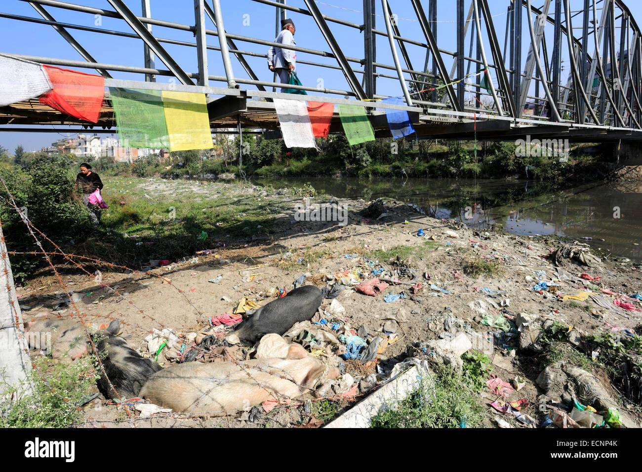 Image of rubbish in the Bishnumati river, Thamel district, Kathmandu city, Nepal, Asia. - Stock Image