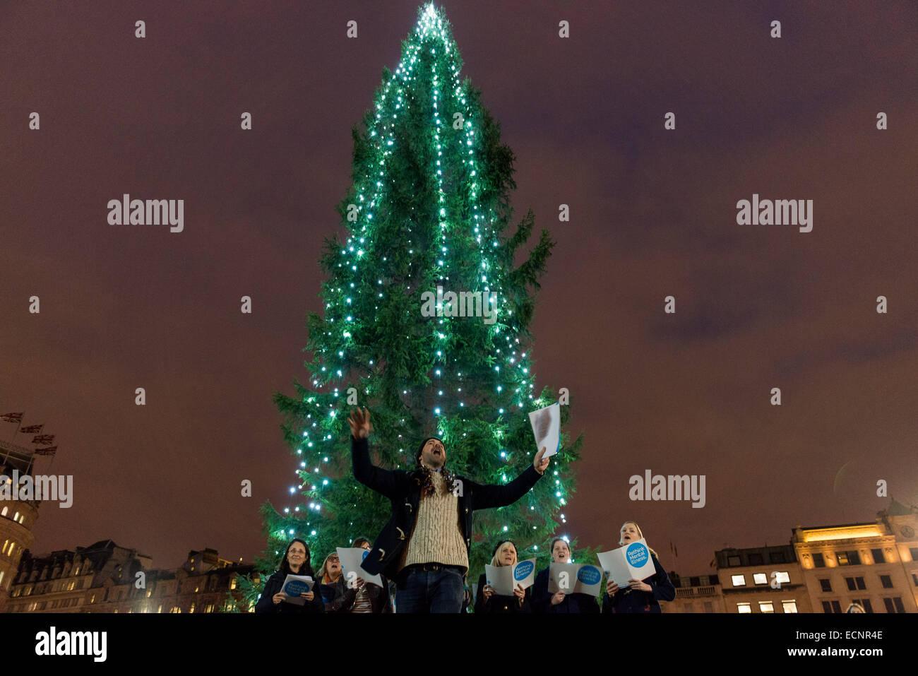 Christmas Charities.London Charities Sing Christmas Carols In Trafalgar Square