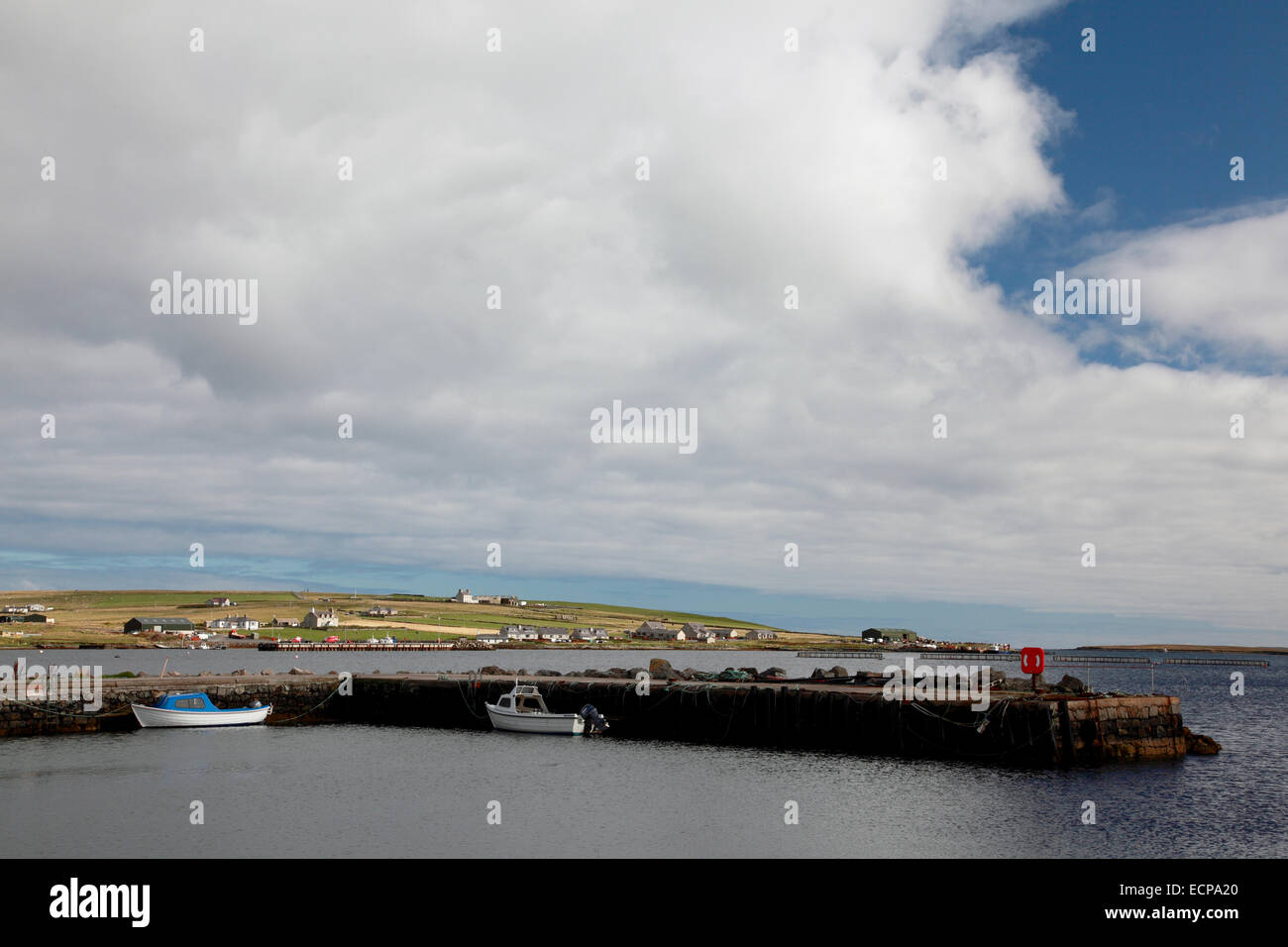 The harbour at Uyeasound on the south coast of Unst, Shetland - Stock Image