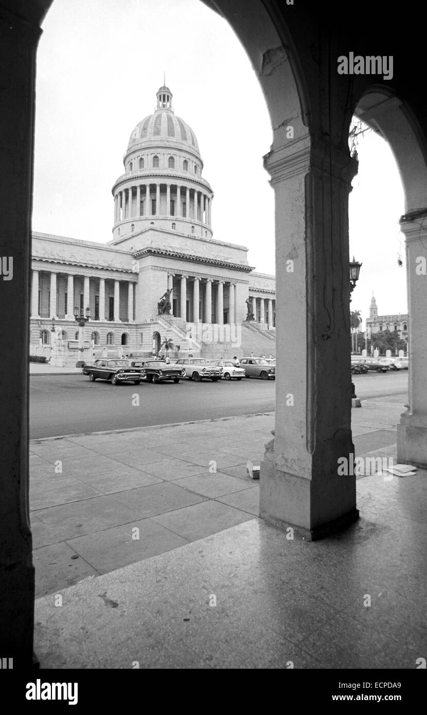 View of the Paseo de Martí and the capitol in the Cuban capital Havanna, photographed on the 16th of November - Stock Image