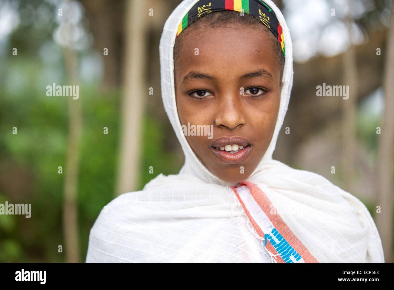 An Ethiopian Orthodox woman traditional dressed in white in Mizan Teferi, Ethiopia 18 May 2014. Southwestern Ethiopia. Stock Photo