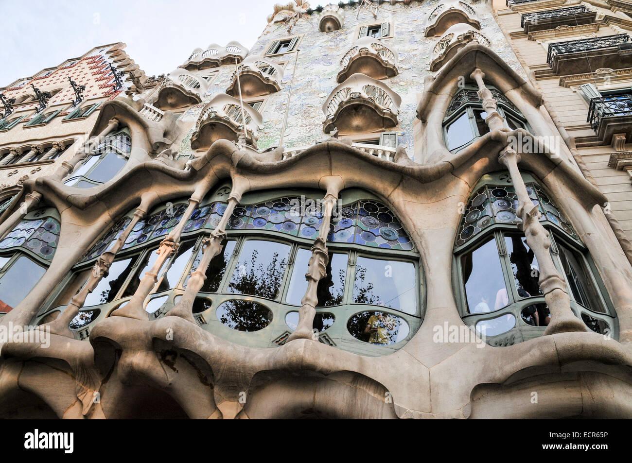 Spain, Barcelona, Casa Mila (La Pedrera) by the architect Antoni Gaudi - Stock Image