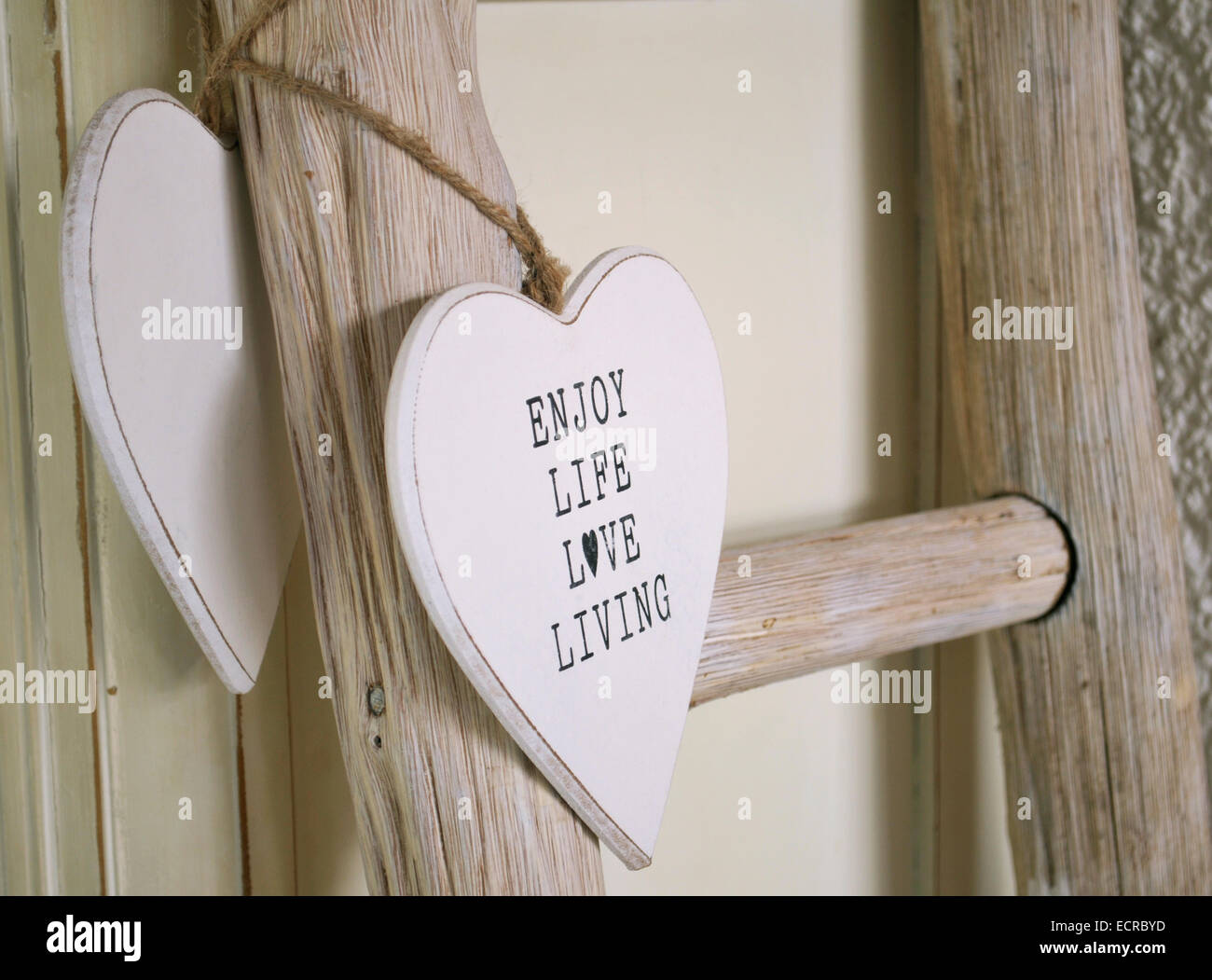 Decorative shabby chic wooden heart - Stock Image