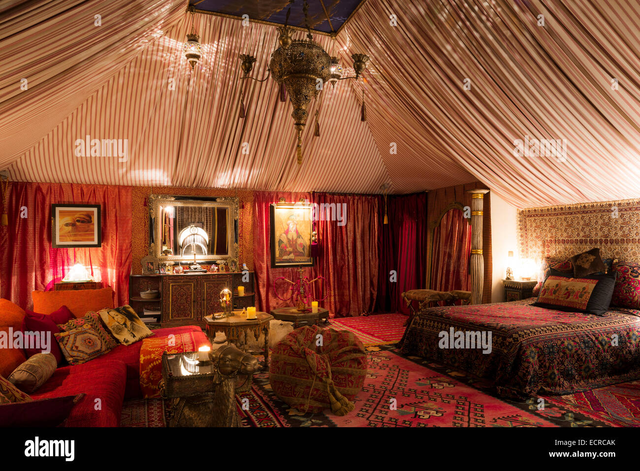 Superieur Tent Style Boudoir Bedroom With Moroccan Rugs, Oriental Fabrics And  Hexagonal Occasional Tables