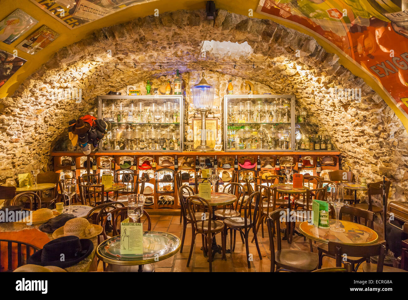 ABSINTHE BAR, MUSEUM, OLD TOWN, ANTIBES, COTE D'AZUR, PROVENCE, FRANCE - Stock Image