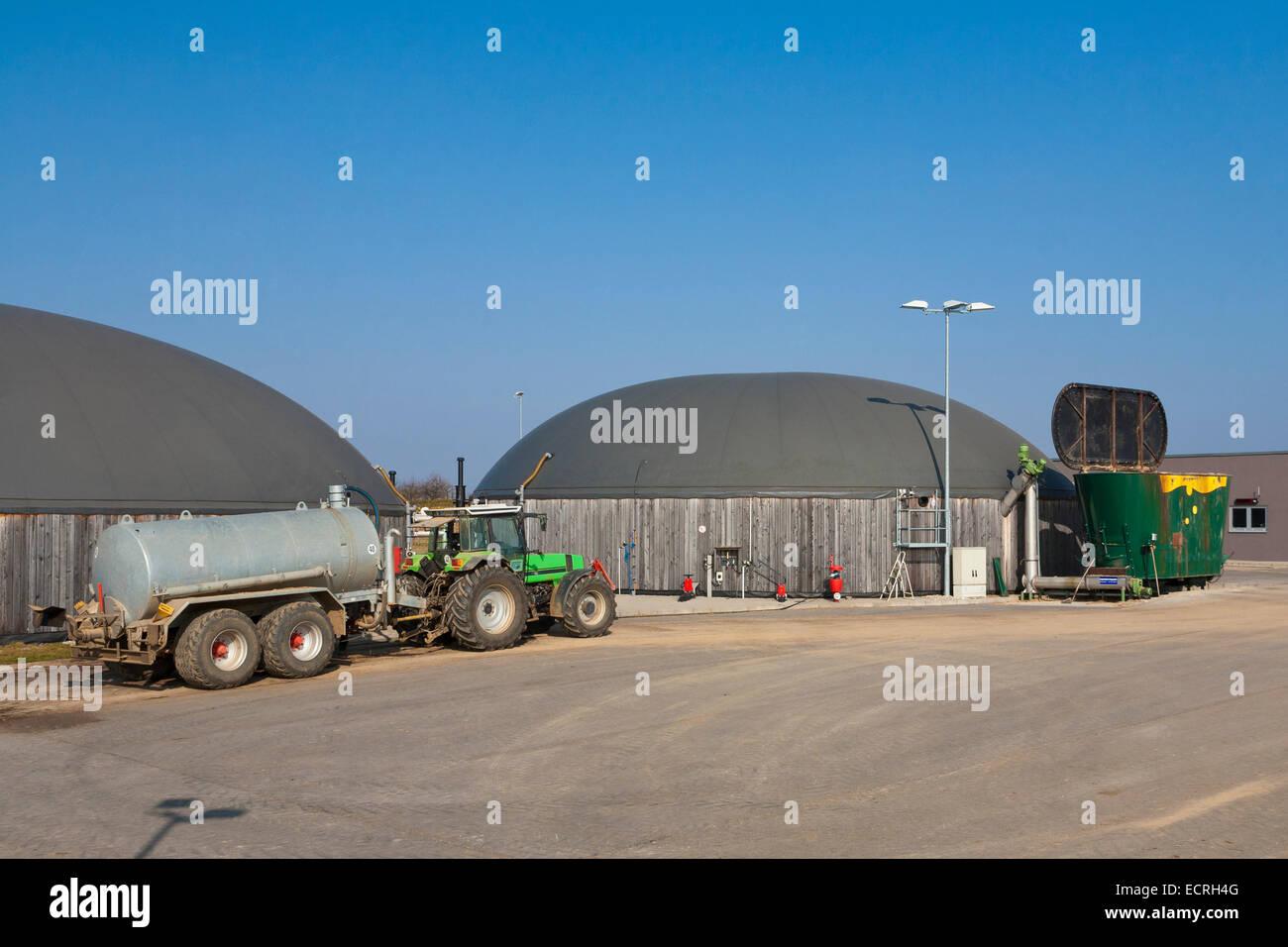 DIGESTER, BIOGAS PLANT, FERMENTATION PLANT, FERMENTATION OF BIOMASS, ENERGY EXTRAKTION, FELLBACH, BADEN-WURTTEMBERG, - Stock Image