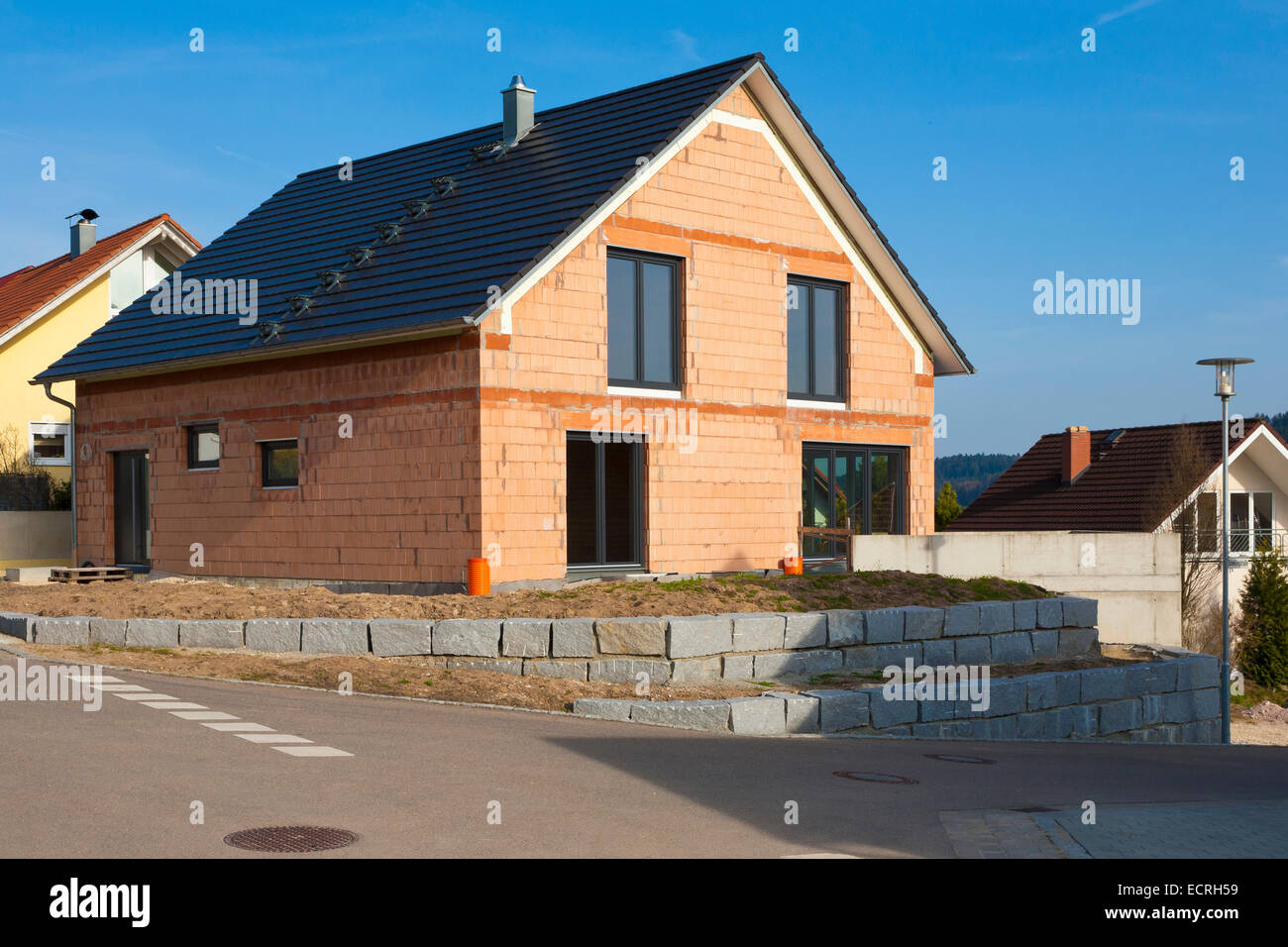 NEW BUILDING, BUILDING SITE, DETACHED HOUSE, FAMILY HOME,  DWELLING HOUSE, RESIDENTIAL AREA, LORCH, BADEN-WURTTEMBERG, - Stock Image