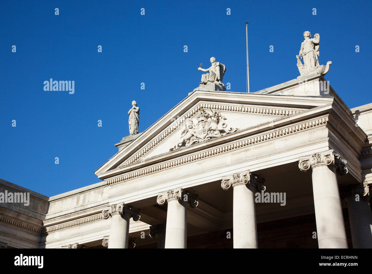 Ireland, Dublin, Bank Of Ireland building in College Green former Irish Houses of Parliament the first purpose-built Stock Photo