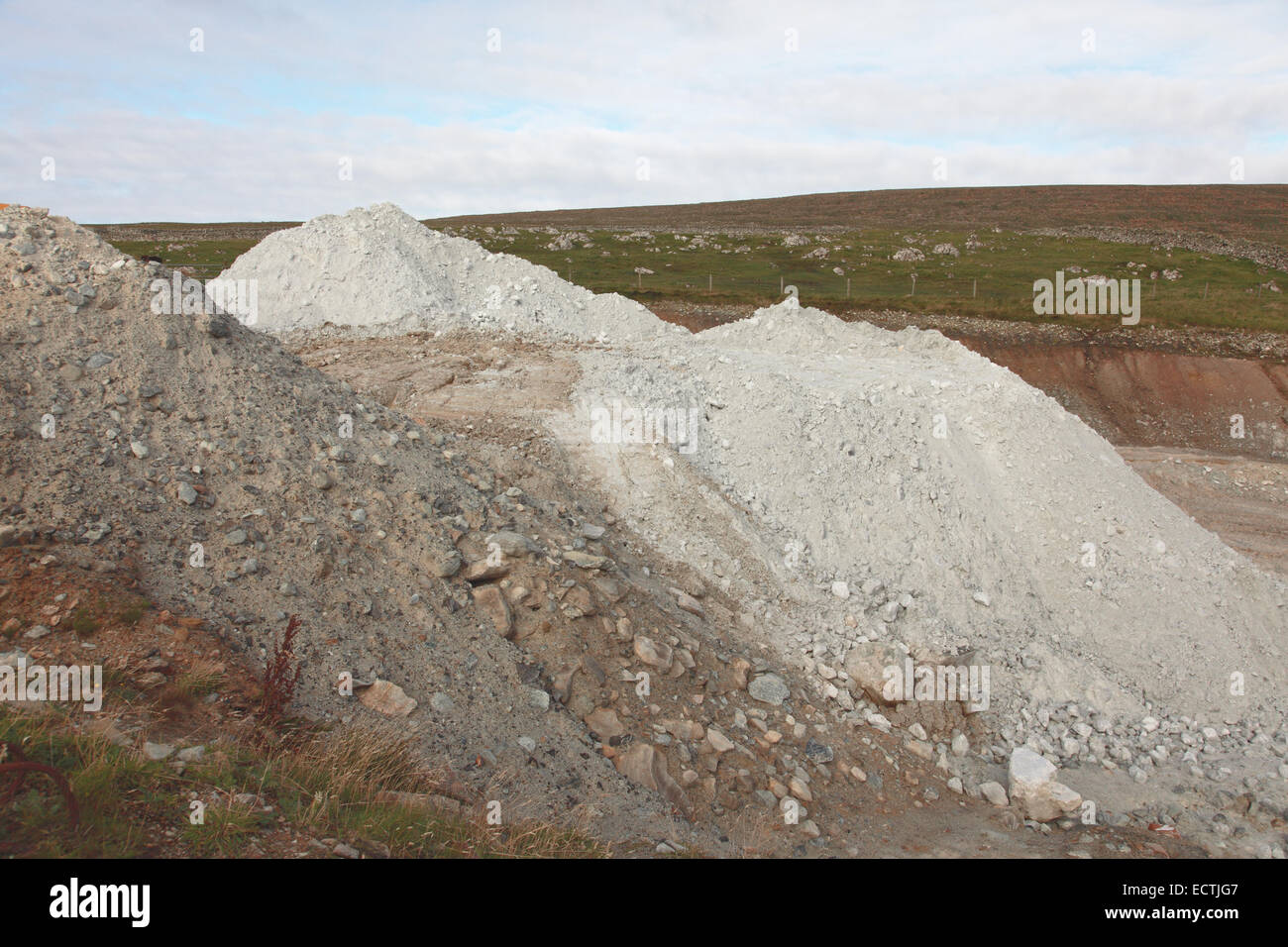 Britain's only working talc quarry at Clibberswick near Haroldswick - Stock Image