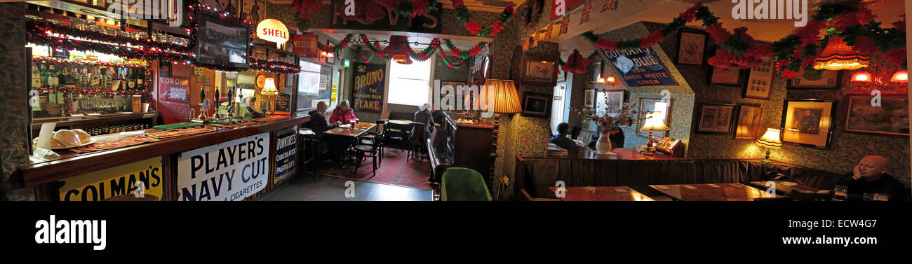 The Albion Inn, classic English Pub in Chester, England,UK Panorama - Stock Image