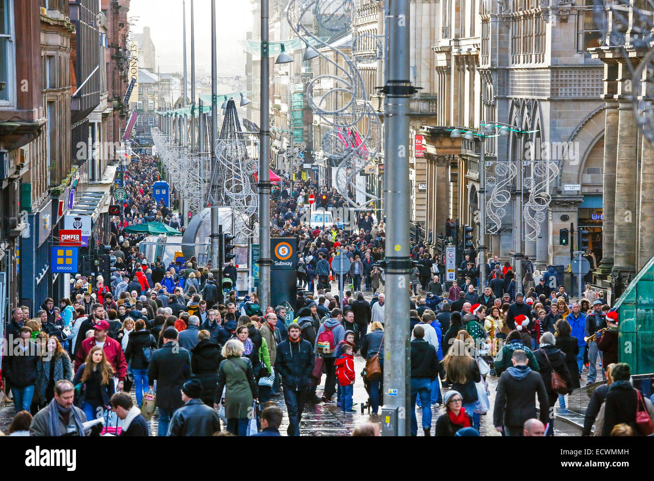 Glasgow, UK. 20th Dec, 2014. On the last Saturday before Christmas, dubbed Panic Saturday by some retail organisations, - Stock Image