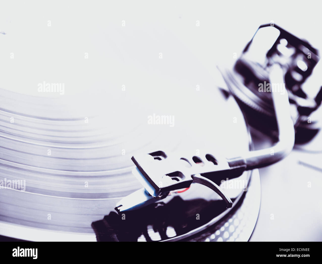 dj turntable plays music from a record Stock Photo