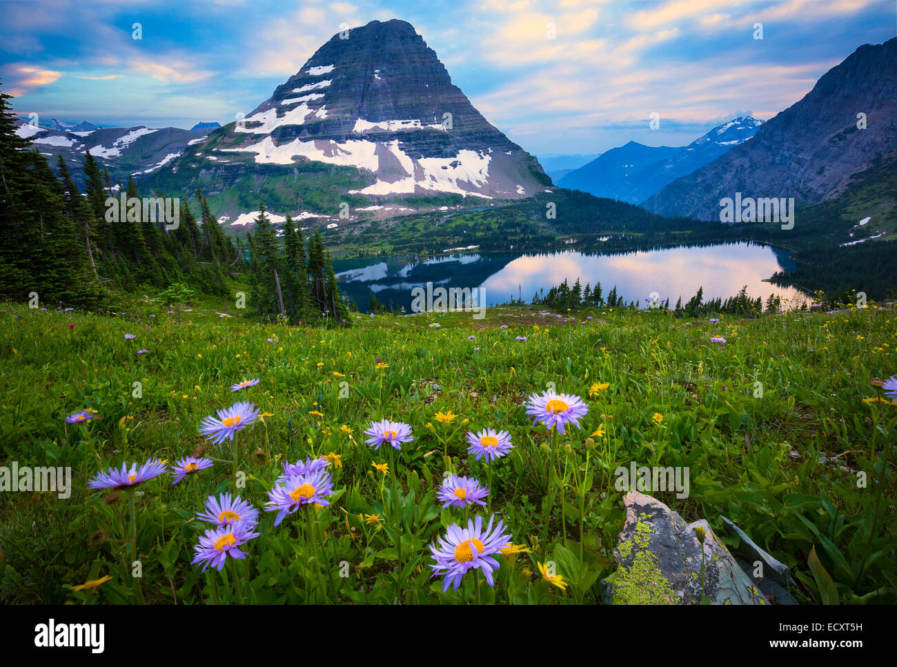 Hidden Lake is located in Glacier National Park, in the U. S. state of Montana. - Stock Image