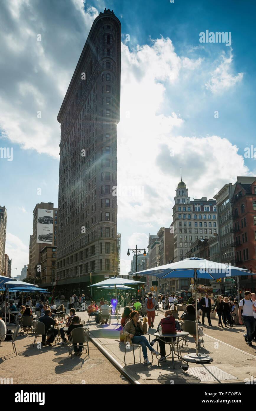 Flatiron Building, 5th Avenue, Upper East Side, Manhattan, New York City, New York, United States - Stock Image