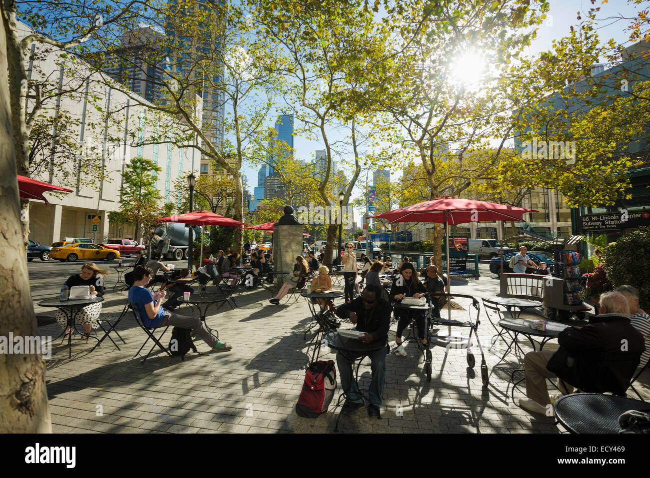 Square in front of the Lincoln Center, Manhattan, New York, United States - Stock Image