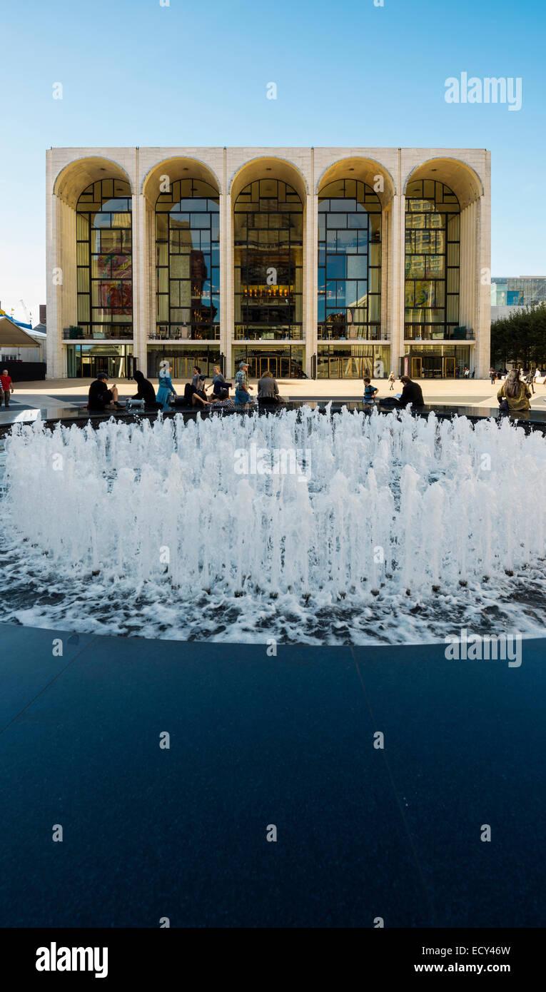Metropolitan Opera House, Lincoln Center, Manhattan, New York, United States - Stock Image