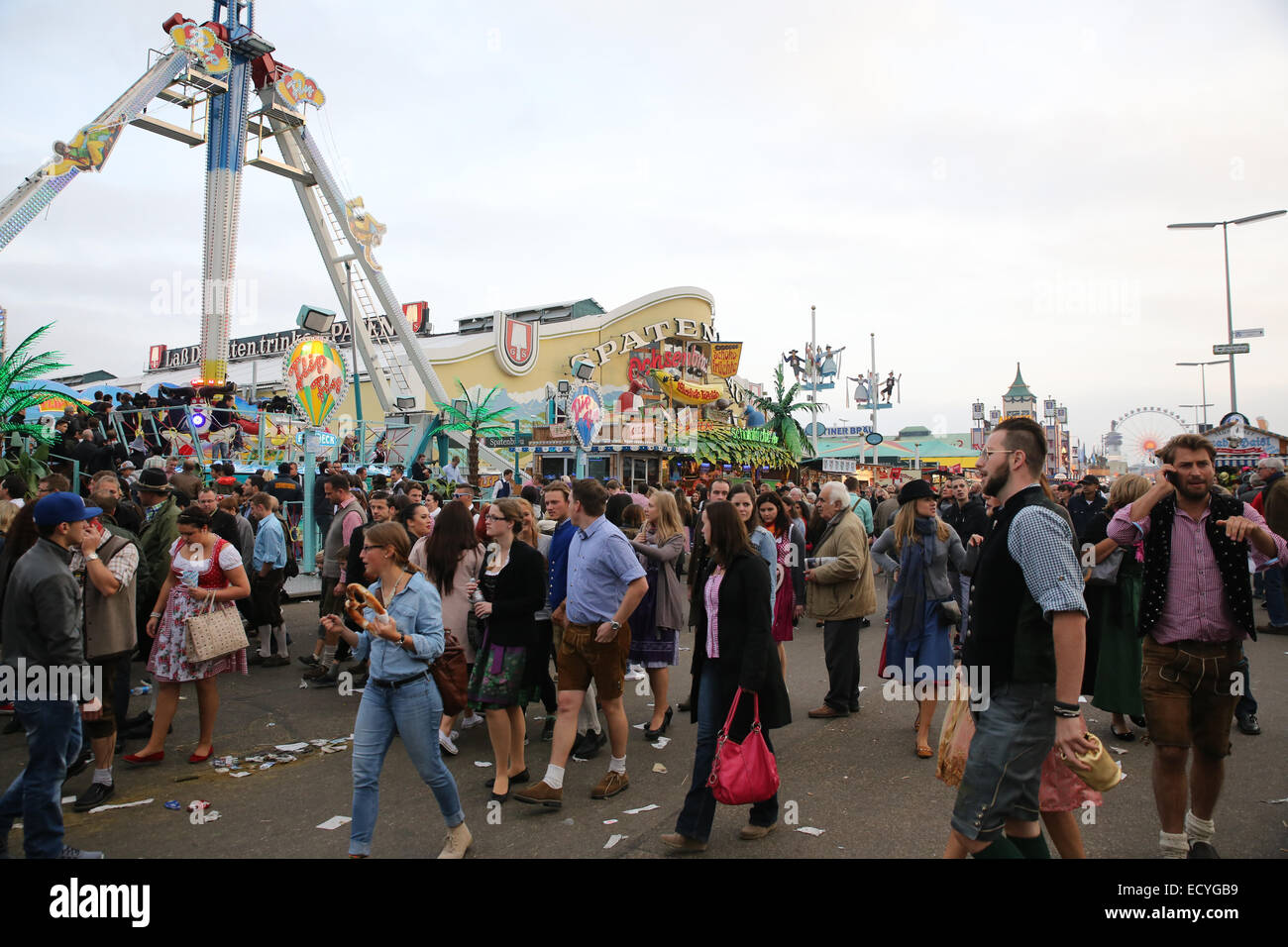 people oktoberfest ground crowd busy congested - Stock Image