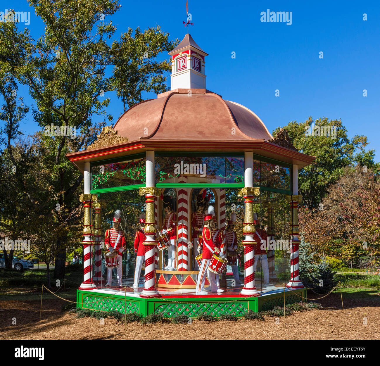 Twelve Drummers Drumming gazebo, part of The 12 Days of Christmas exhibit, Dallas Arboretum and Botanical Garden, - Stock Image