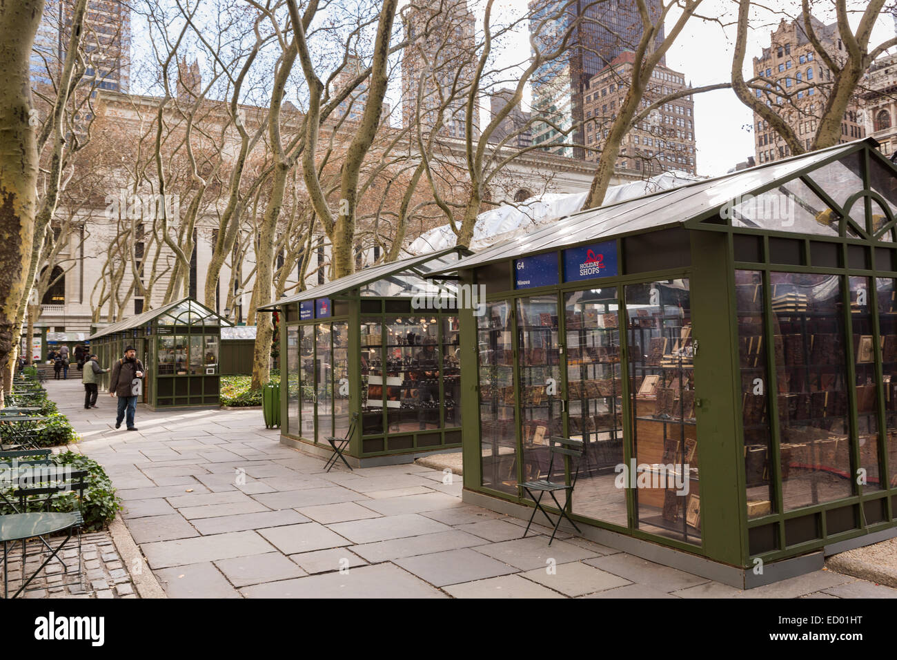 Bryant Park Christmas Market.Shoppers At The Christmas Holiday Market Winter Village At