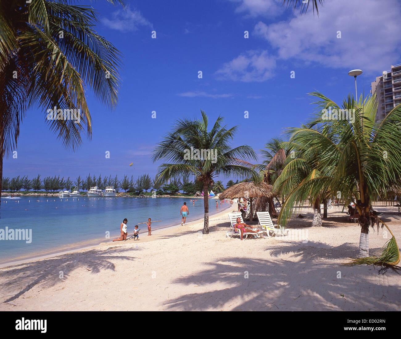 Beach view, Turtle Beach, Ocho Ríos, Saint Ann Parish, Jamaica, Greater Antilles, Caribbean - Stock Image