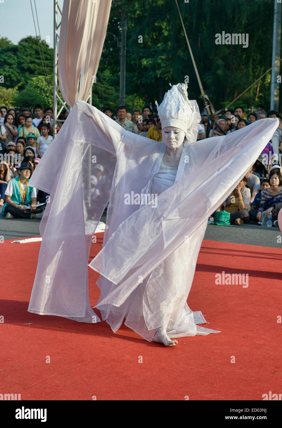 Avant garde butoh artist performing at the Street Show, Bangkok, Thailand - Stock Image