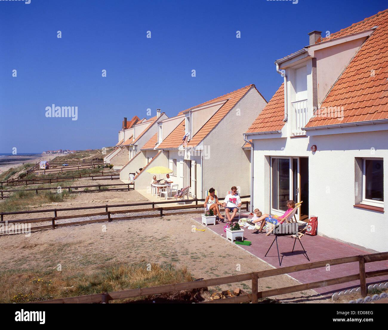 British family on holiday at beach house, Nord-Pas de Calais, Pas de Calais, France - Stock Image