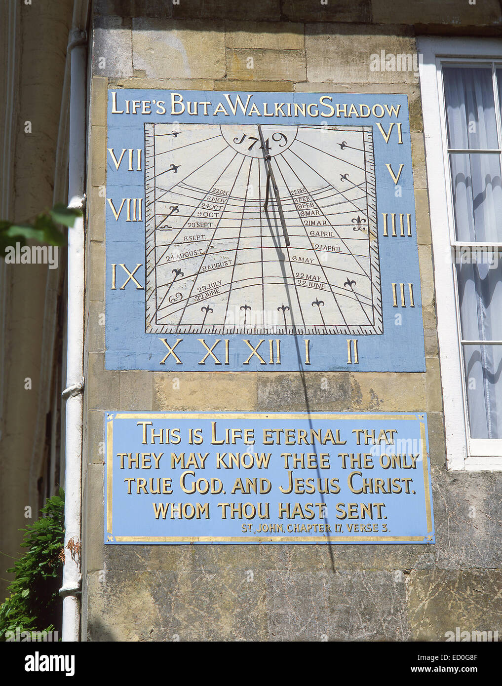 18th century vertical declining sundial, Malmesbury House, Cathedral Close, Salisbury, Wiltshire, England, United - Stock Image
