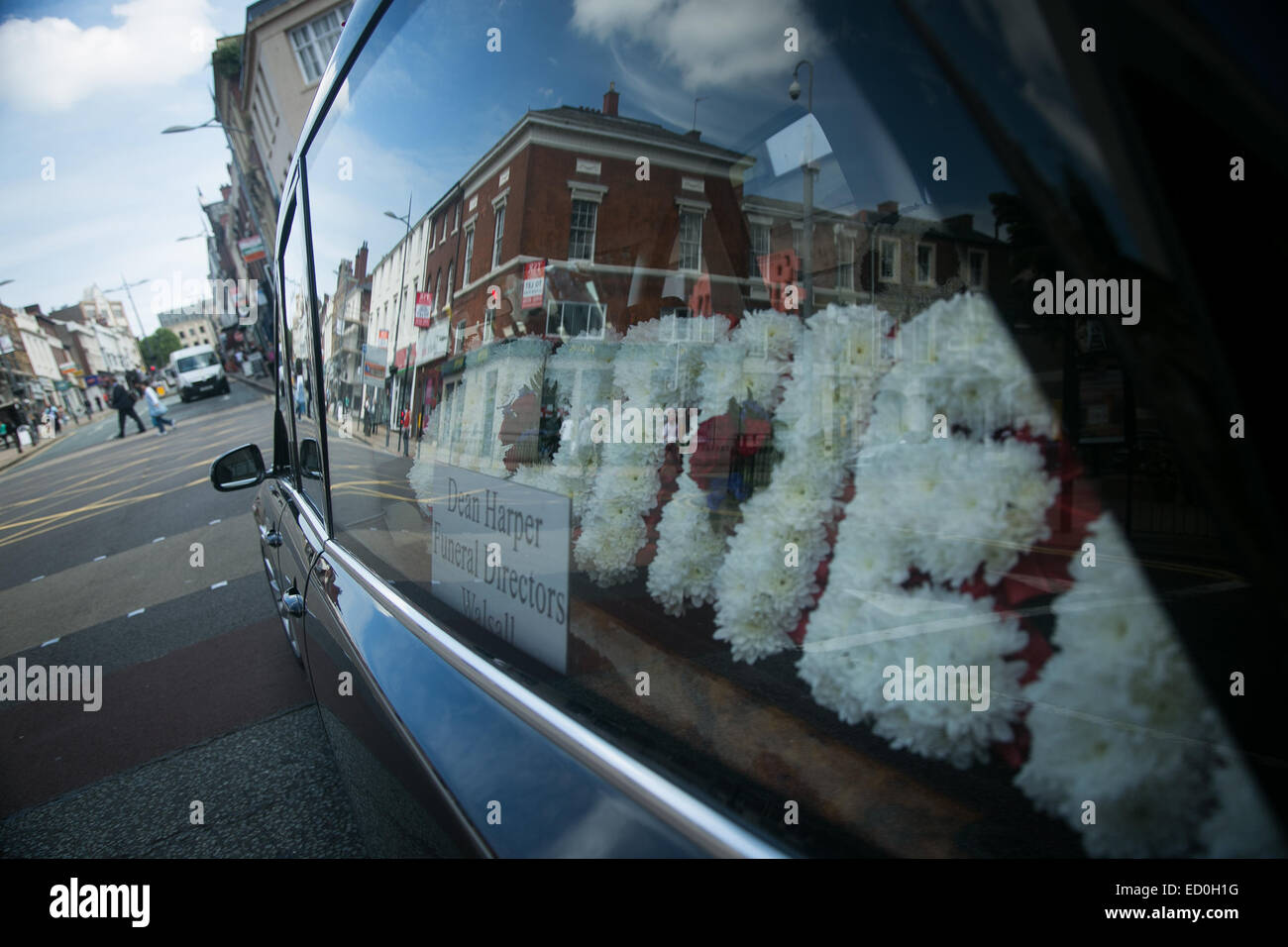 Funeral Wreath Stock Photos Funeral Wreath Stock Images Alamy