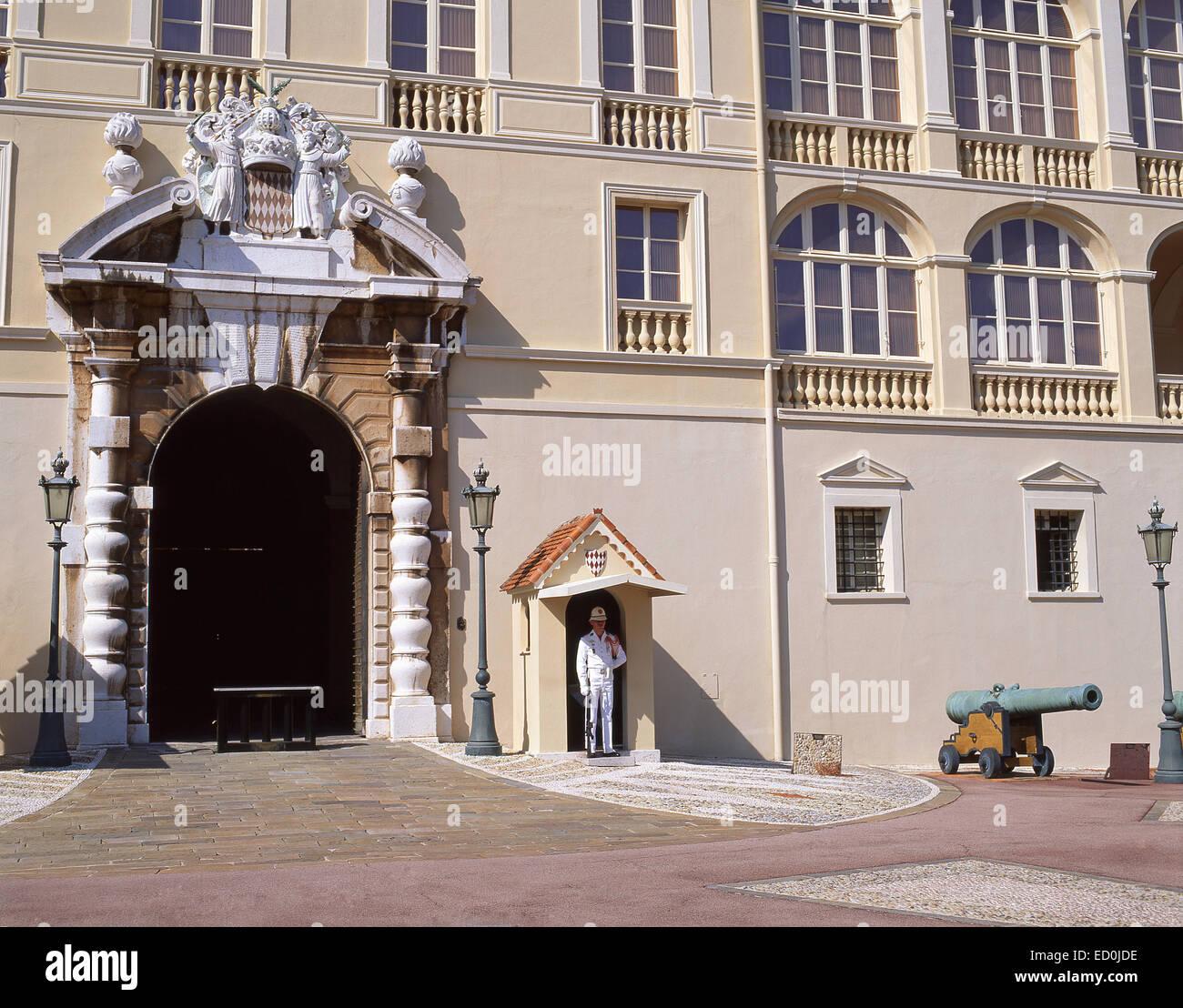 Royal guard, Palais Princier de Monaco, Place du Palais, Monaco-Ville, Principality of Monaco - Stock Image