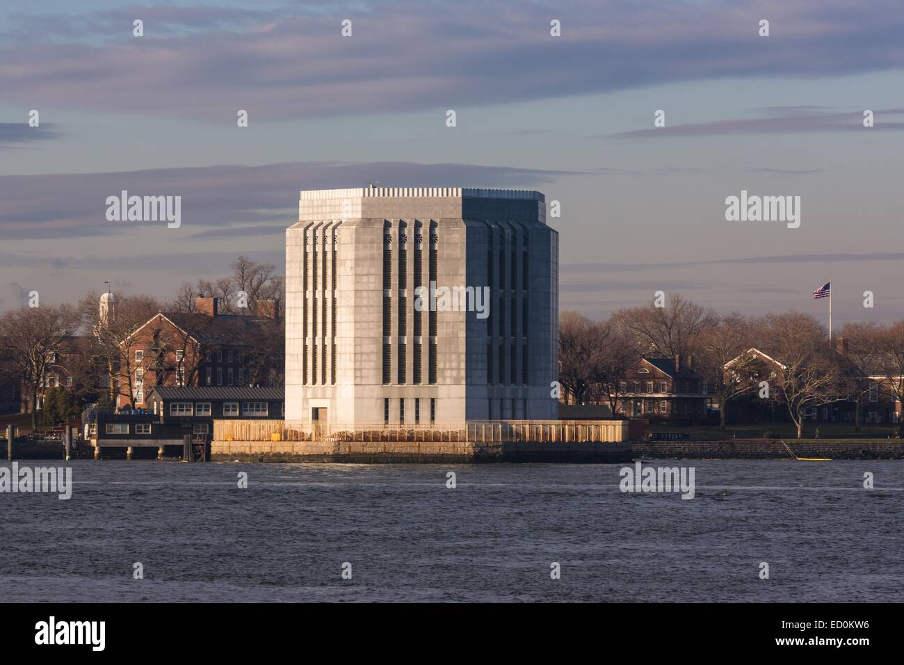Governor's Island ventilation building from the Brooklyn Bridge park across the East River December 17, 2014 - Stock Image