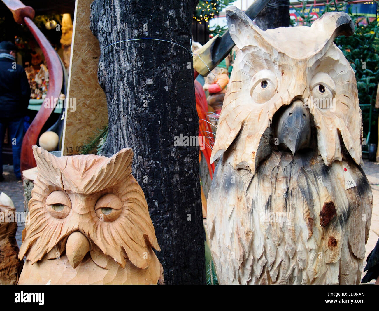 Weihnachtsmarkt Owl.Carved Wooded Owls In The Home Of The Elves Heimat Der Heinzel