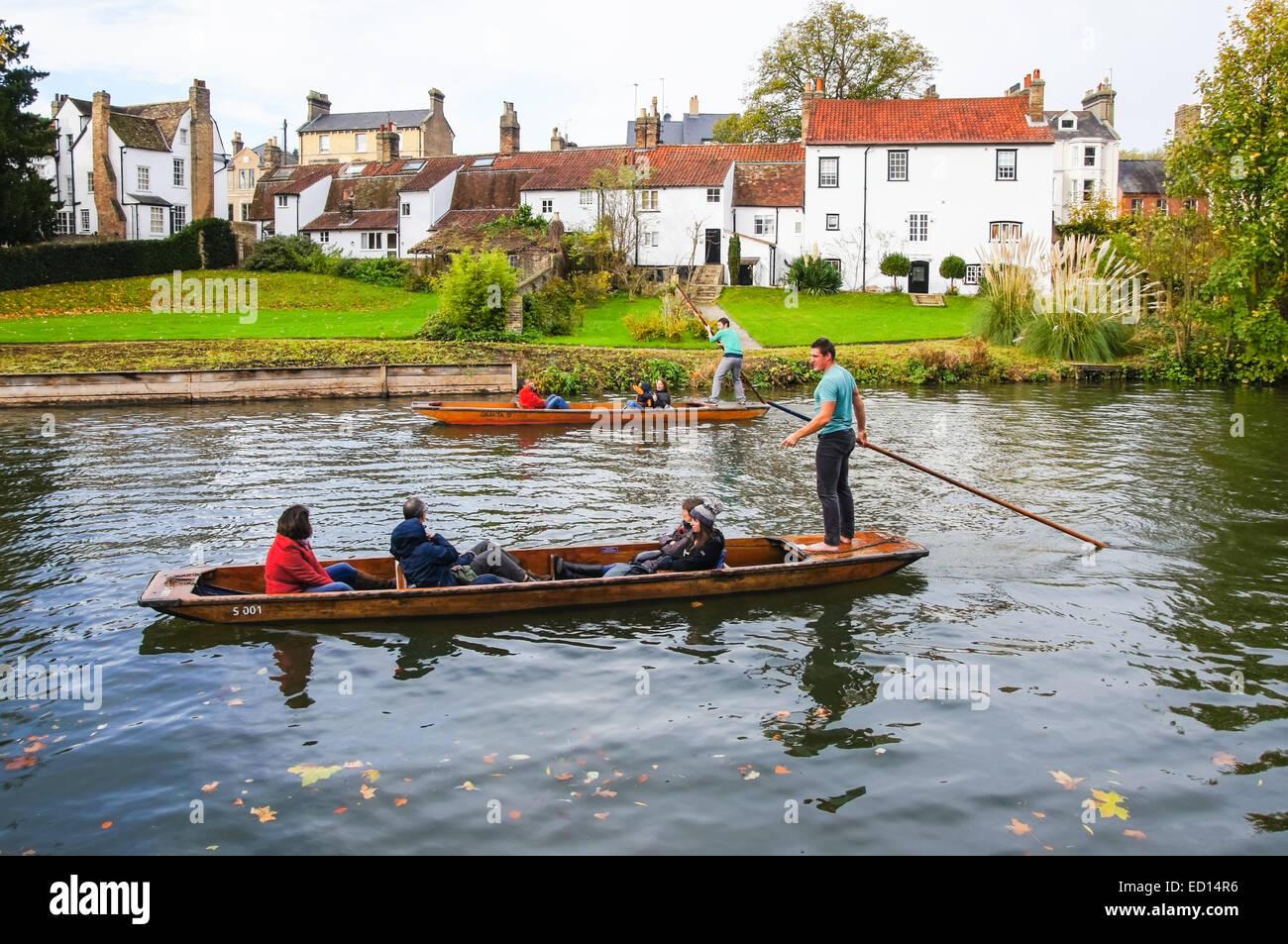 Punting on the river Cam, Cambridge Cambridgeshire England United Kingdom UK - Stock Image