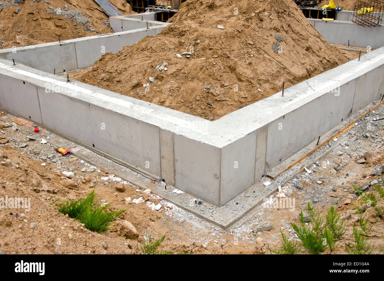 Pile foundation stock photos pile foundation stock for Cement block foundation