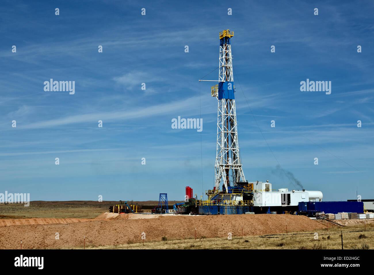 Flex drill rig operating, Texas - Stock Image