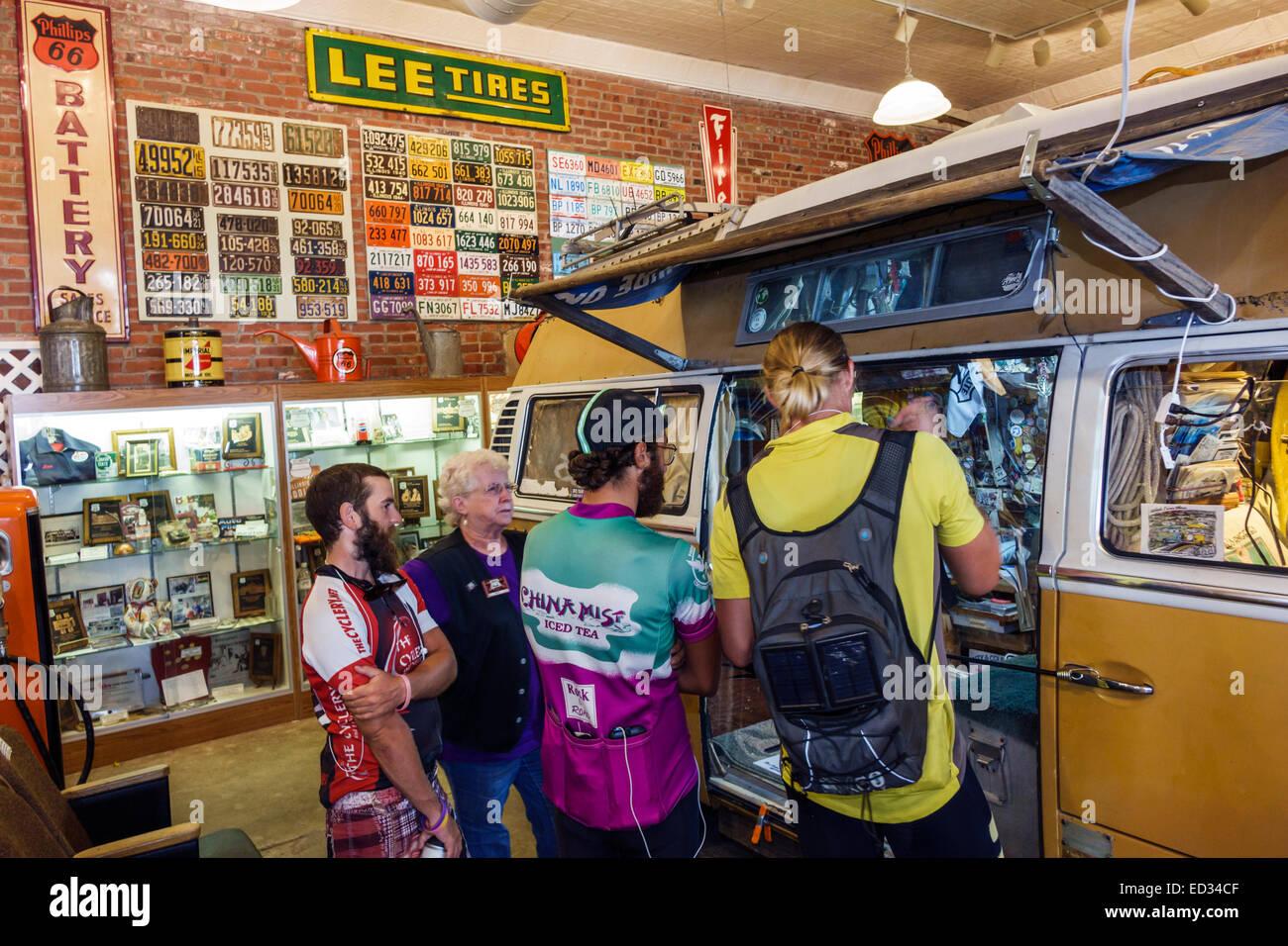 Illinois Pontiac Historic Route 66 Association Hall of Fame & and Museum inside exhibit Bob Waldmire 1972 VW - Stock Image