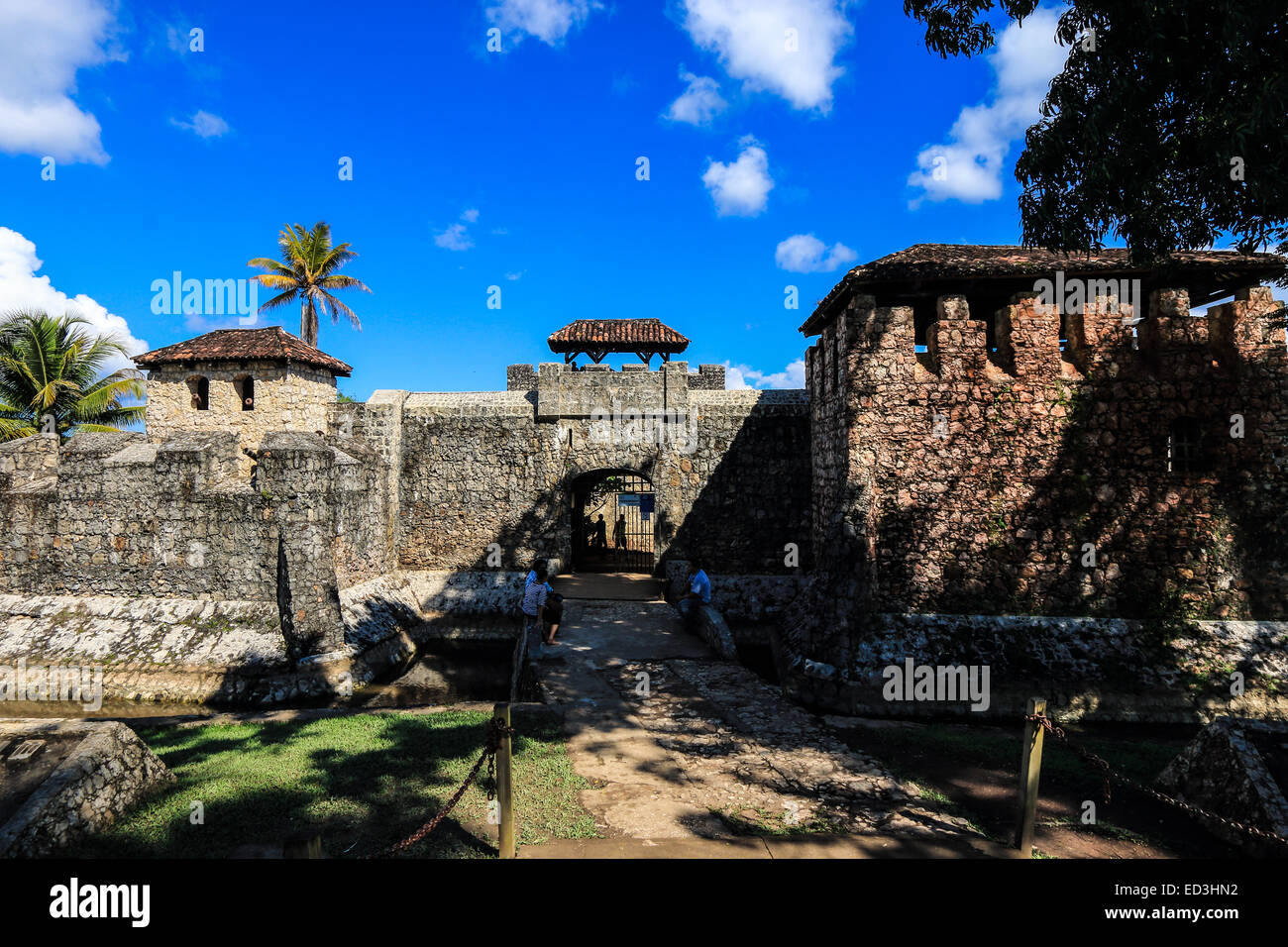Entrance gate to Castillo de San Felipe de Lara, a fort located at the entrance to Lago Izabal in Rio Dulce, Guatemala. - Stock Image
