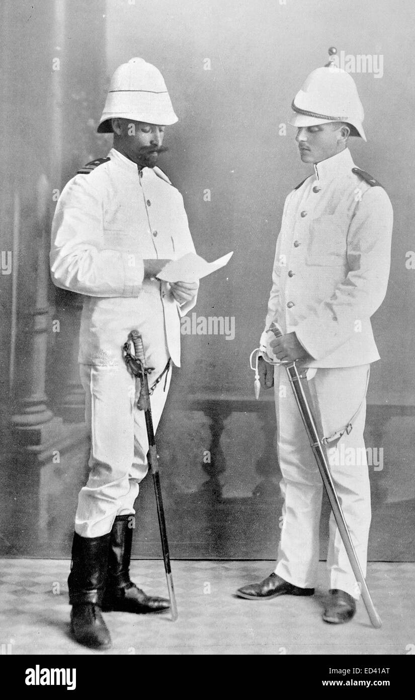 76da7106395ae A Royal Navy and Royal Marine officer in tropical clothing 1896 ...