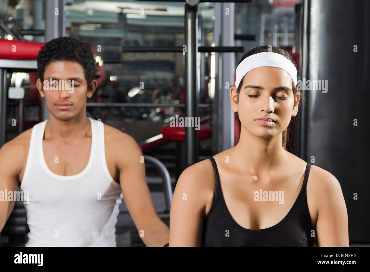 2 Indian Lady Man