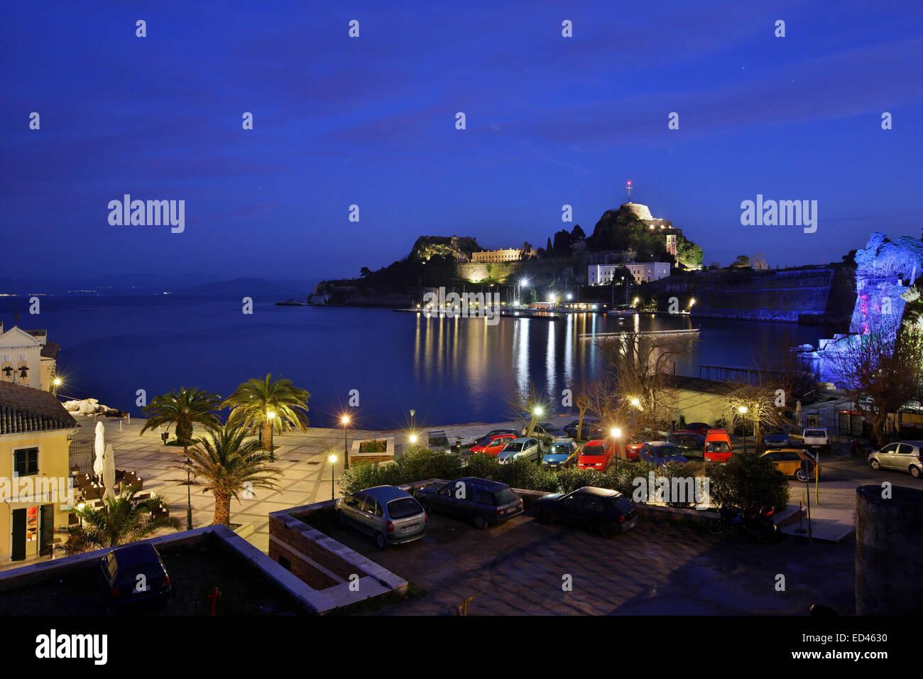 The Old Fort of Kerkyra (Corfu) town as seen from 'Alekos' baths' (Bania tou Alekou), Kerkyra island, - Stock Image