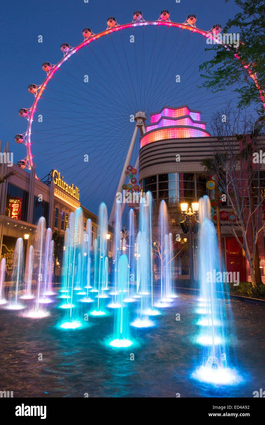The High Roller ferris wheel at The Linq, Las Vegas ...