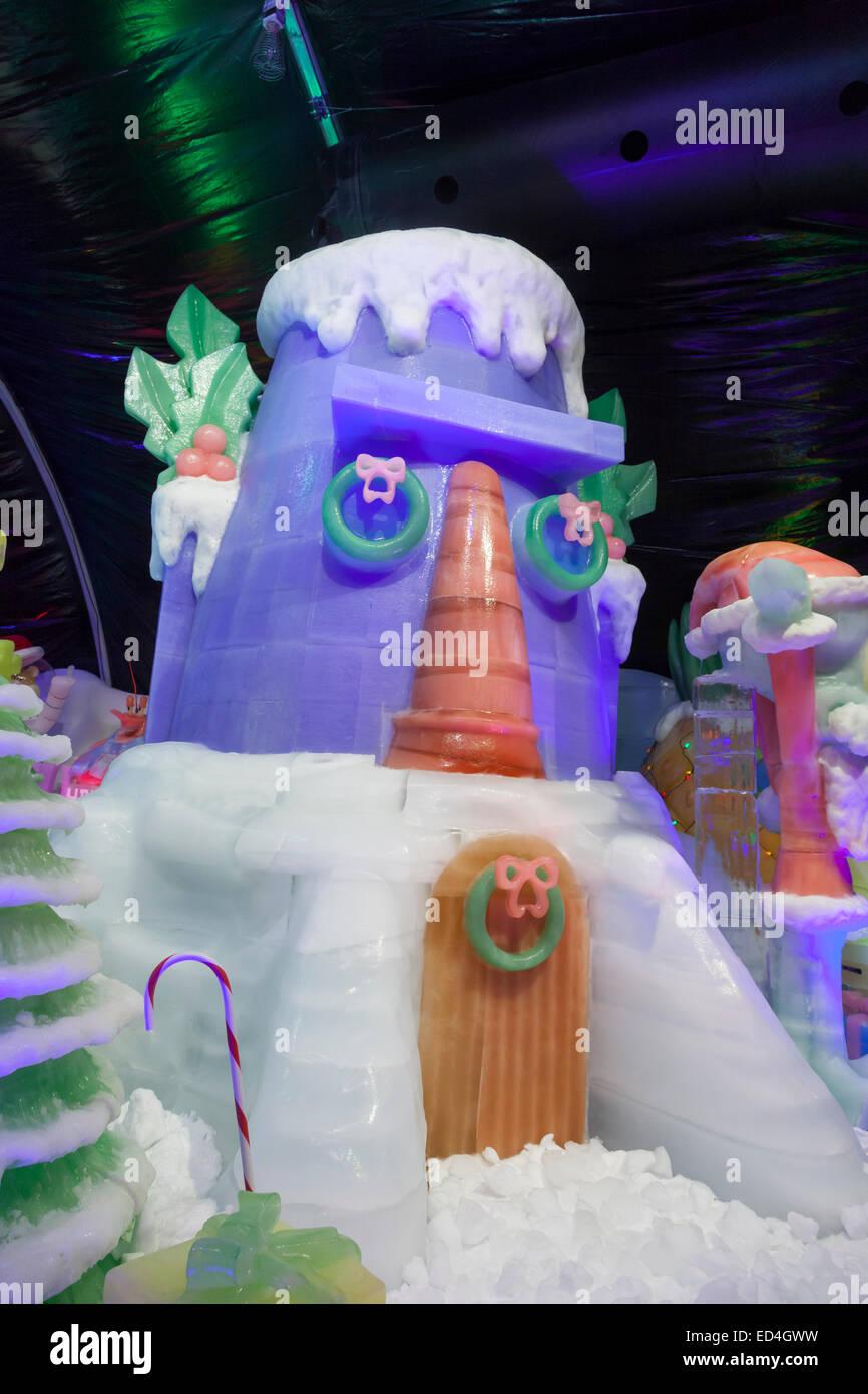Moody Gardens Christmas.Ice Land 9 Degrees Attraction At Christmas At Moody Gardens