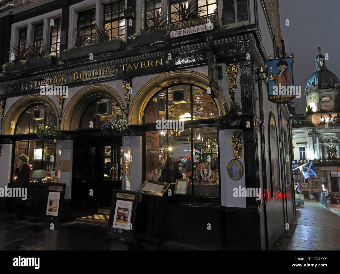 Deacon Brodies Tavern, Royal Mile, Edinburgh,Scotland at dusk - Stock Image