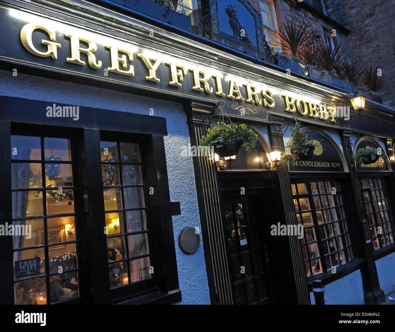 Greyfriars Bobby historic pub at dusk, Edinburgh Old Town, Dog outside, Lothians, Scotland, UK Stock Photo