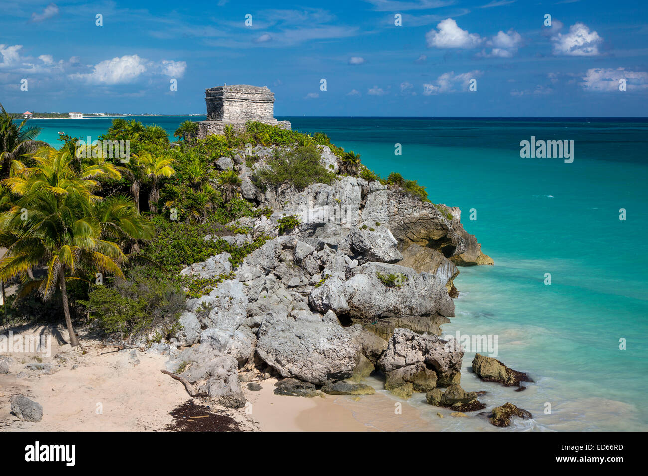 Ruins of the Mayan temple grounds at Tulum, Yucatan, Mexico - Stock Image