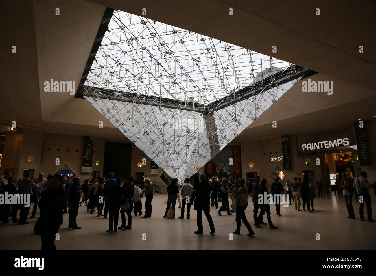 The Inverted Pyramid Louvre Museum - Stock Image
