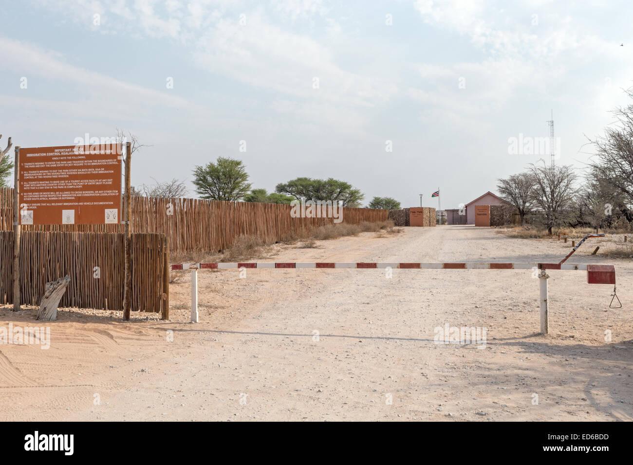 South African Namibian border Mata-Mata Kgalagadi Transfrontier Park South Africa spring outdoor sunny barrier immigration - Stock Image