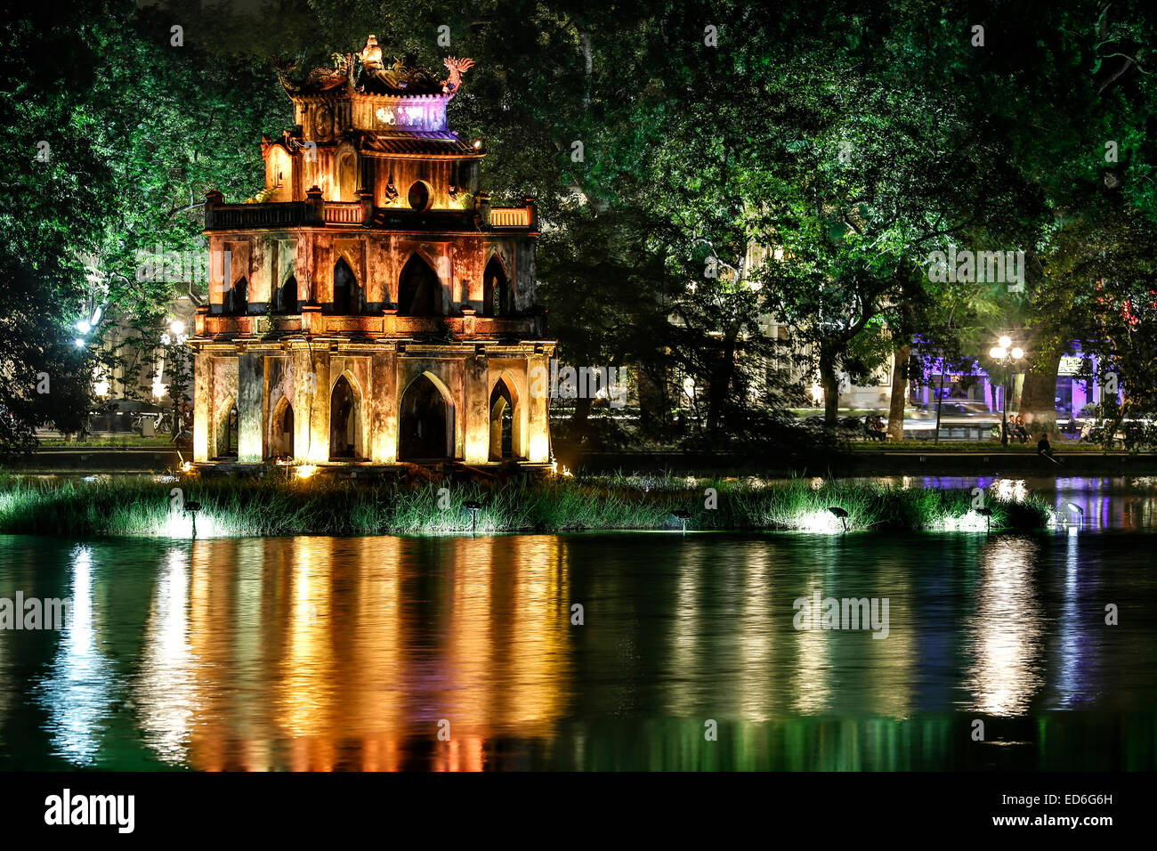 Turtle Tower, Hoan Kiem Lake, Hanoi, Vietnam - Stock Image