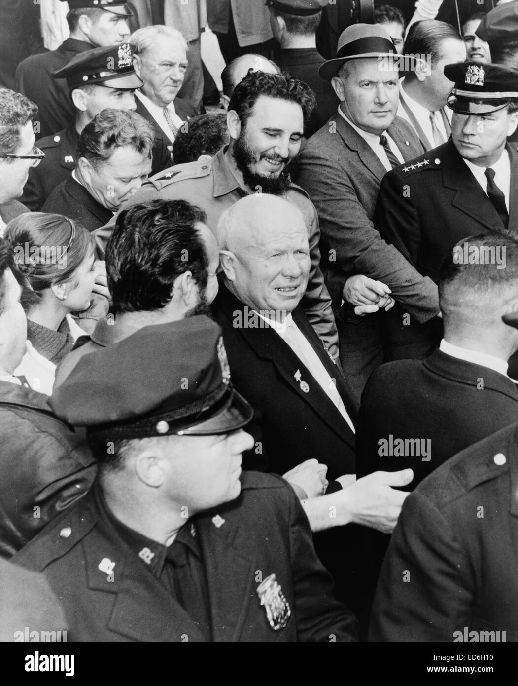 Fidel Castro and Nikita Khrushchev make their way in the midst of a crowd, 1960 - Stock Image