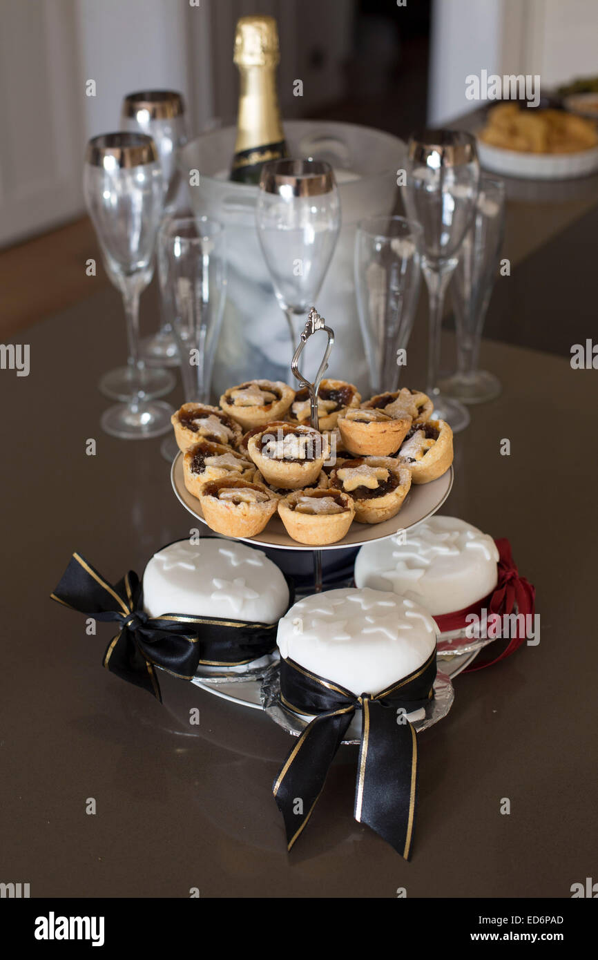 Mini mince pies christmas treat kitchen home table - Stock Image